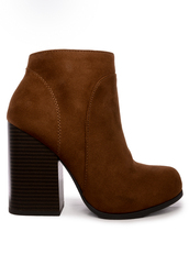 shoes,chestnut,ankle boots,chunky heel,suede