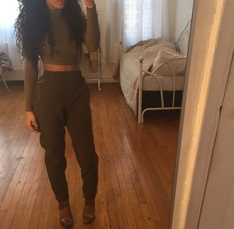 pants crop tops high waisted pants dope tumblr clothes top olive green dark olive green jumpsuit pinterest army green green khaki pants