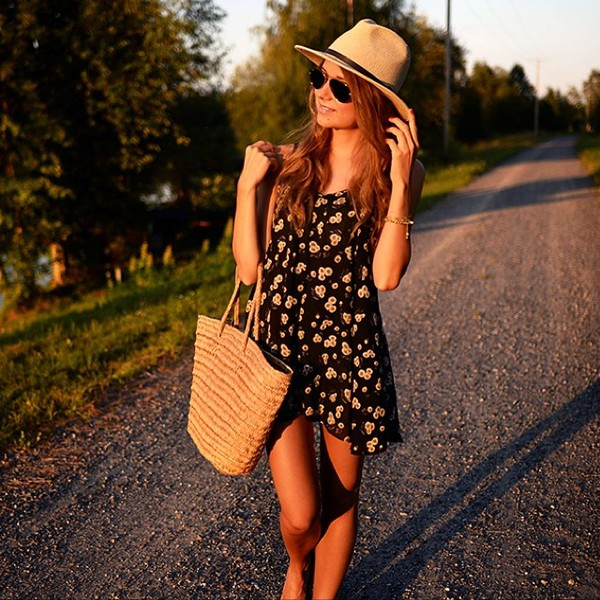 dress daisy daisy black floral floral floral dress summer dress summer outfits romper
