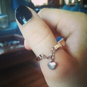 jewels,jewelry,ring,heart,gold ring,knuckle ring,jewelery,fashion jewelry