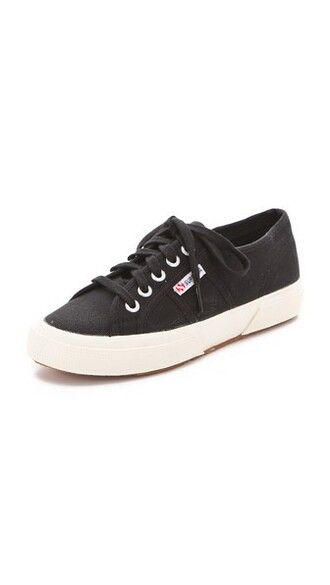 classic sneakers lace black shoes