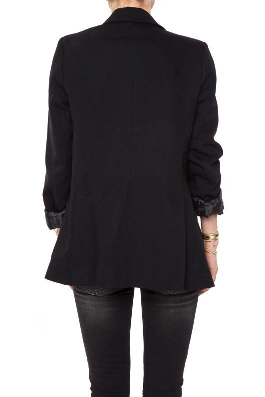 Classic Fit Blazer in Black