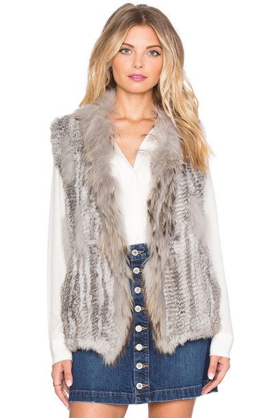 JENNIFER KATE vest long fur