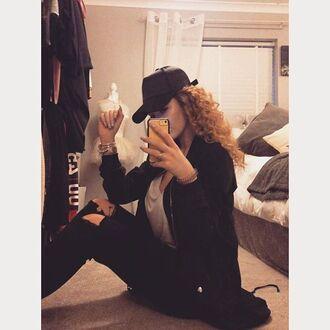 hat maniére de voir black style fashion trendy khloe kardashian kim kardashian kendall jenner kylie jenner casual streetstyle