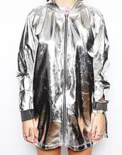 metallic,anorak,grunge,plastic,indie,raincoat,windbreaker,holographic windbreaker