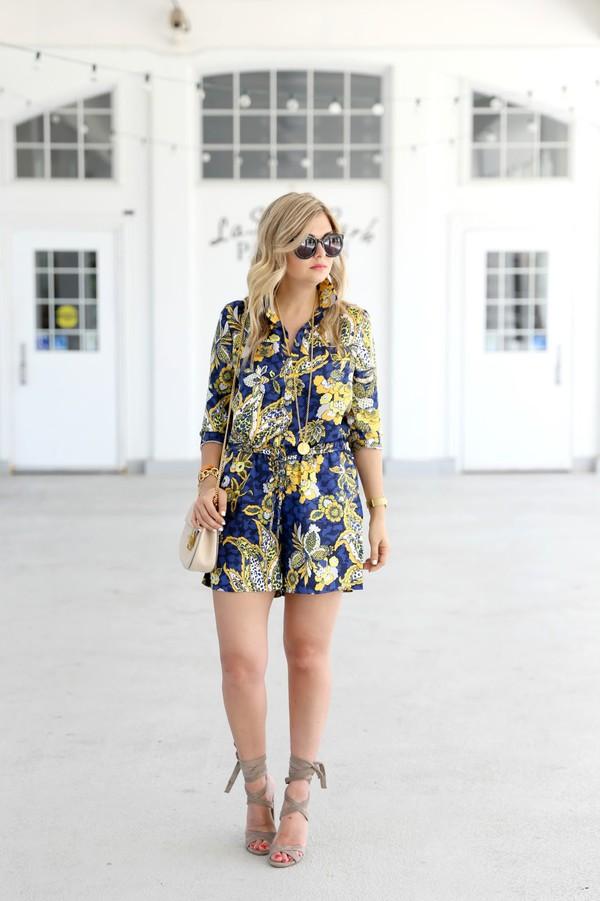b229762489a suburban faux-pas blogger romper shoes bag sunglasses.