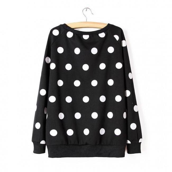 Polka dot black pullover
