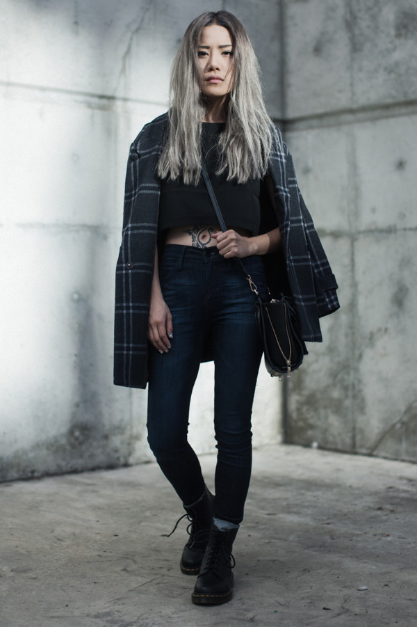 feral creature blogger top jeans shoes