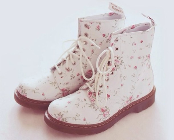 Shoes: flower tumblr white boots, floral, combat boots, white ...