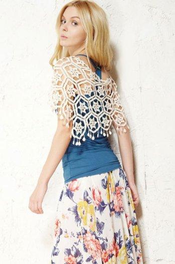 Sweet pure pierced flowers white vest [ncsvt0082]