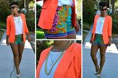 printed shorts,neon,gold chain,gold necklace,summer shorts,blazer,summer outfits,colorful,shorts,pants,coral