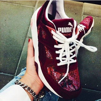 clothes sneakers fashion puma puma shoes puma running shoes red shoes snake print