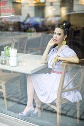 macademian girl,blogger,lilac dress,cat eye,earrings,dress,bag,jewels,sunglasses,shoes,tights