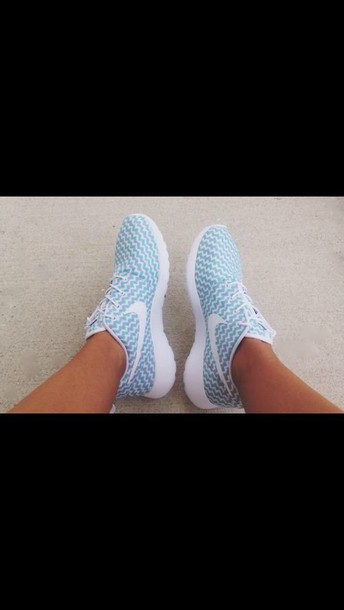 shoes chevron blue shoes roshe runs nike running shoes nike roshe run blue and white nike roshes blue zig zag pastel sneakers