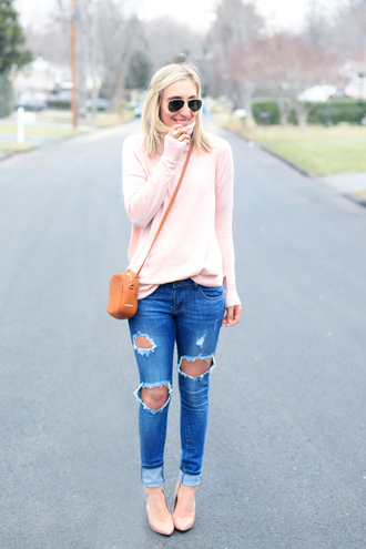 lemon stripes blogger pink sweater orange bag ripped jeans