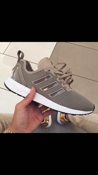 shoes sneakers tan celebrity adidas celebrity style adidas shoes kanye west popular style tan sneakers retro beige low top sneakers grey nude sneakers nude brown sneakers black white running workout brown shoes brown adidas flux mens shoes women adidas tan shoes khaki sporty clear tan adidas