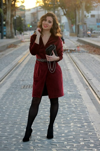 shoes red wrap jacket black handbag black tights black stilettos blogger