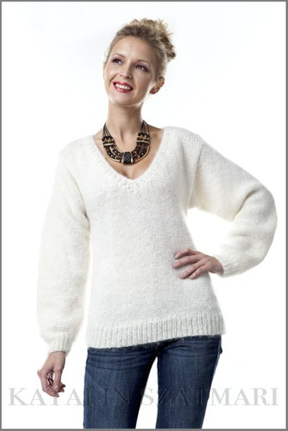 Sweater: white sweater, knitted sweater, mohair sweater, v-neck ...