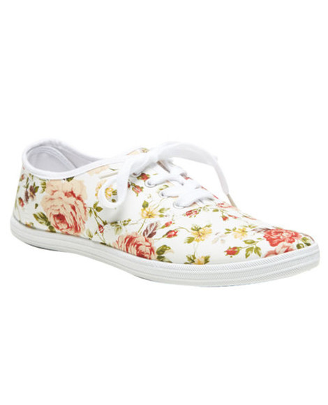 white shoes flowers