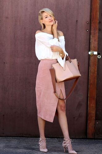 skirt pink suede skirt suede skirt pink skirt white blouse blouse off the shoulder cold shoulder sandals baby pink sandals bag pink bag ohh couture blogger