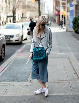 yael steren blogger jacket top shoes bag jewels denim culottes culottes denim jeans blue jeans cropped jeans blue bag chanel chanel bag grey jacket leather jacket white top black sunglasses sneakers white sneakers converse white converse