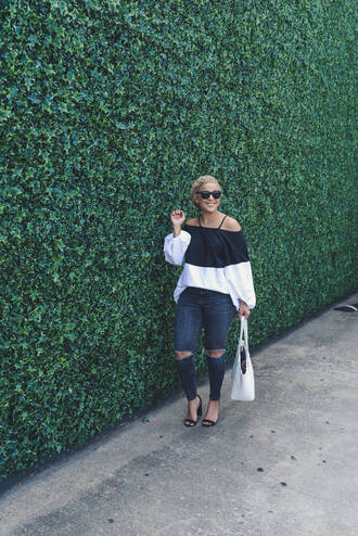 fashionably lo blogger top jeans bag shoes sunglasses off the shoulder top black and white denim blue jeans ripped jeans spring outfits black sunglasses sandals sandal heels high heel sandals black sandals white bag puffed sleeves