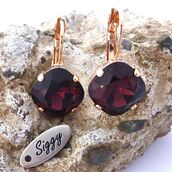 jewels,siggy jewelry,swarovski,earrings,burgundy,maroon earrings,cushion cut,square cut,rose gold,chic,style,fashion,cute,trendy,fashionista,sparkle,shimmer,gift ideas,marsala,red,deep red,drop earrings,dangle earrings,wedding jewelry,bridesmaids gift,mother of the bride,De compras,bodas,boutique,shopping,bling