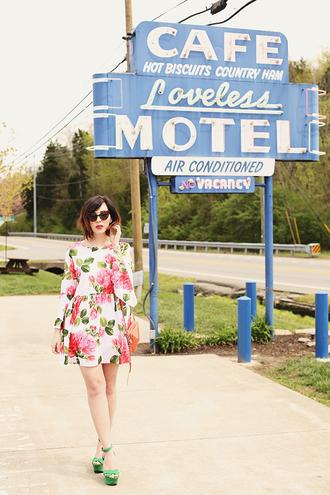 keiko lynn blogger shoes sunglasses dress