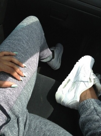 pants grey sweatpants grey grey leggings joggers jogger pant jogging pants jogging bottom nike running shoes nike shoes white nikes shoes nail polish red lime sunday