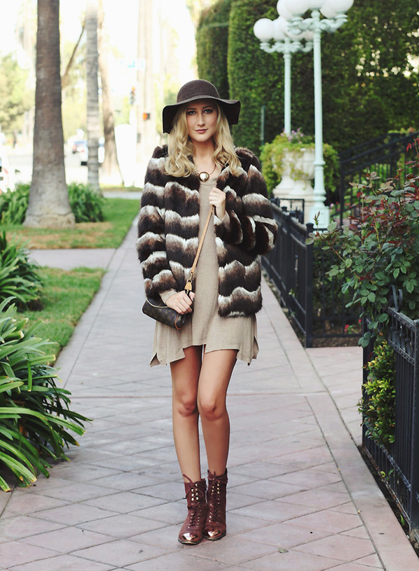carly cristman blogger candle jacket shoes hat
