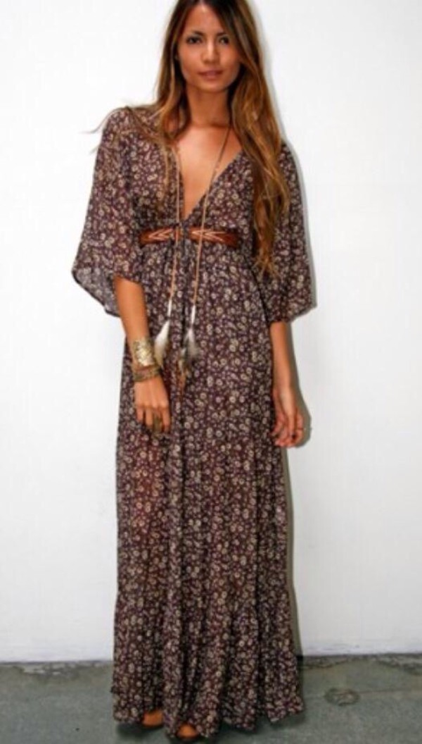 Tiny Floral Plunging Neck 3 4 Sleeve Maxi Dress Coffee Maxi Dresses