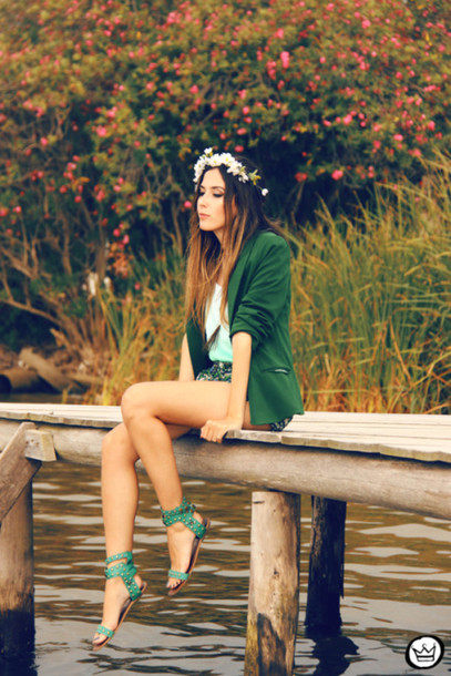 fashion coolture shorts t-shirt jacket jewels bag shoes