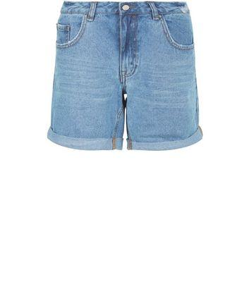 Short boyfriend en jean bleu pâle