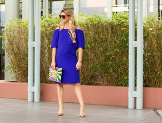 ashn'fashn blogger sunglasses jewels dress bag shoes off the shoulder dress blue dress clutch