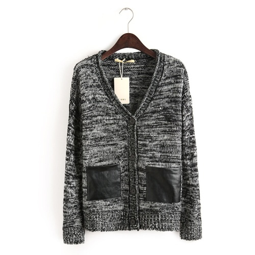 Grey cardigan with leather pockets