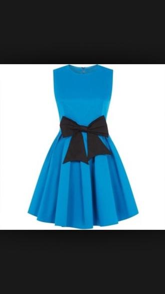 dress alice in wonderland