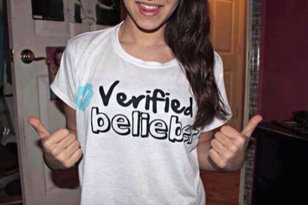 T shirt justin bieber belieber twitter white black for Justin bieber black and white shirt