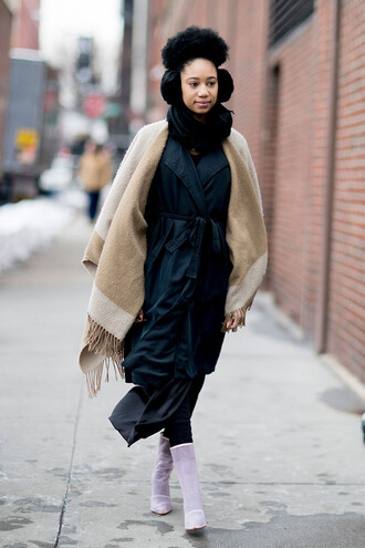 scarf nyfw 2017 fashion week 2017 fashion week streetstyle blanket scarf coat duster coat black coat dress black dress boots white boots high heels boots earmuffs