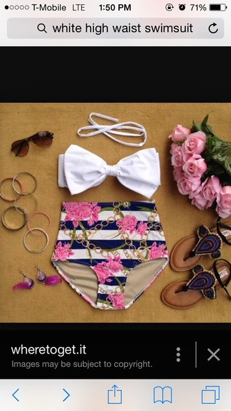 swimwear bow top with chains and pink flowers on the boo high waisted