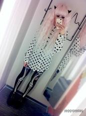 blouse,polka dots,goth,tights,shoes
