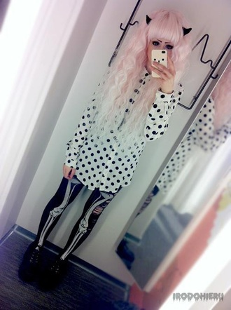 blouse polka dot goth tights shoes