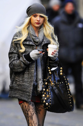 jacket,beautiful,taylor momsen,rock,pants,bag