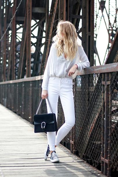 aca7e188651e shirt tumblr white shirt denim jeans white jeans sneakers black sneakers  converse black converse bag black