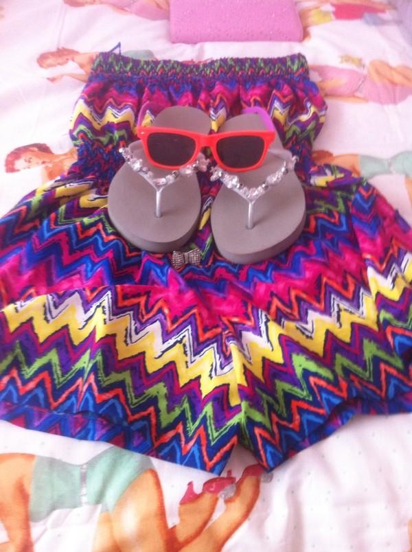 sunglasses dress shorts
