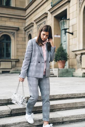 jacket tumblr blazer grey blazer check blazer plaid blazer pants plaid pants sneakers white sneakers low top sneakers hoodie pink hoodie bag