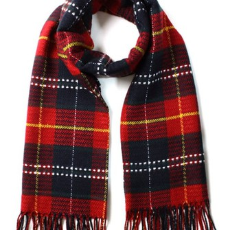 scarf cute black red girl winter outfits jumper flannel plad nice grunge emo tumblr tumblrgirl scarf red