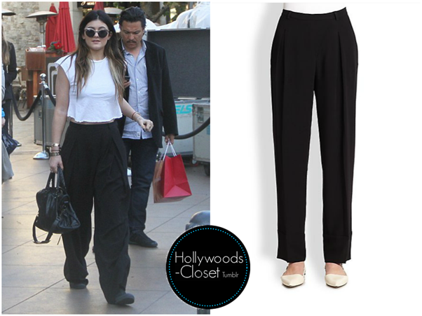 Kylie jenner is wearing these fit trousers.  you...