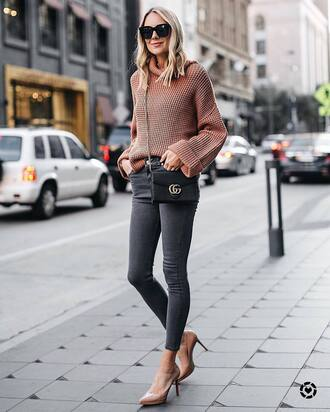 sweater nude sweater tumblr sunglasses denim jeans grey jeans pumps fall outfits
