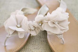 shoes summer sandals flowers flats flat sandals sandals white sandals beach wedding