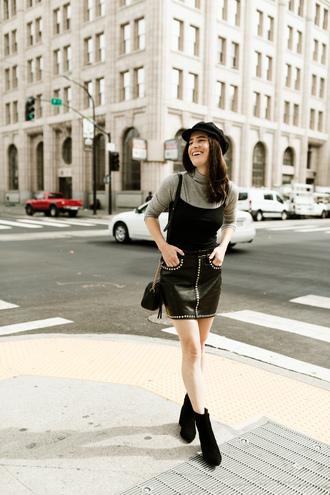 skirt black skirt tumblr mini skirt leather skirt top black top turtleneck grey turtleneck top boots black boots ankle boots